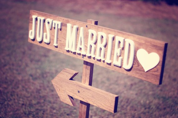 rustic-just-married-wedding-reception-sign.full