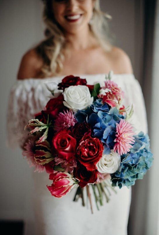 Margerison - Steph and bouquet